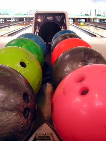 Bowling_balls