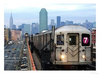 Personaluse_9137761~The-Number-7-Train-Runs-Through-the-Queens-Borough-of-New-York-Posters