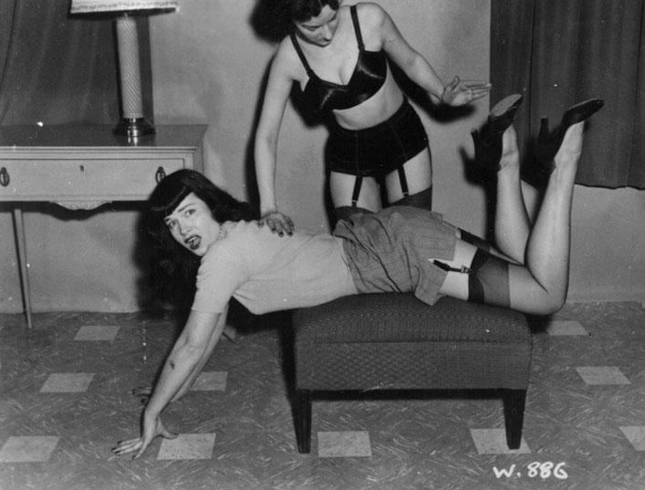 Bettie_page_spanking
